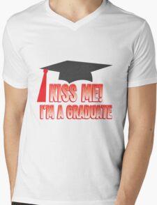 KISS ME I'm a GRADUATE! with mortar board hat Mens V-Neck T-Shirt