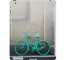 Green Cycle iPad Case/Skin