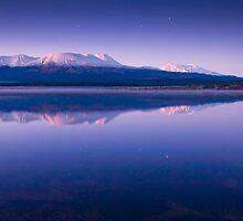 Lake Otamangakau by Paul Mercer