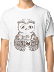 Drawing owl with camera Classic T-Shirt