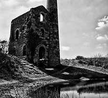 Mine in cornwall B&W by Simon Marsden