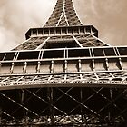 Solid Eiffel by guetto