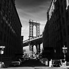 Manhattan Bridge by Tom  Marriott