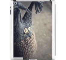 Travelling Bilberry iPad Case/Skin