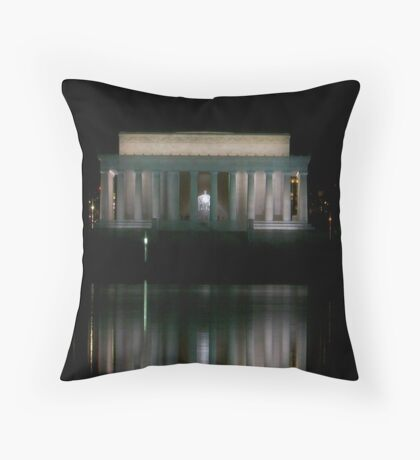 Lincoln memorial nights Throw Pillow
