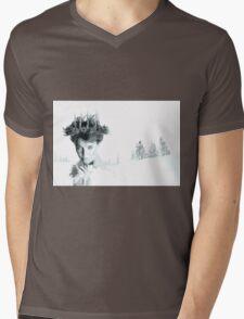 Snow Queen of Narnia Mens V-Neck T-Shirt