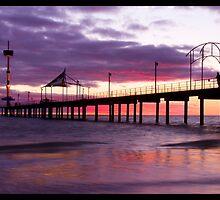 Brighton Jetty by Simon Cross