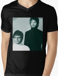 Flight of the Conchords- Family Portrait Mens V-Neck T-Shirt