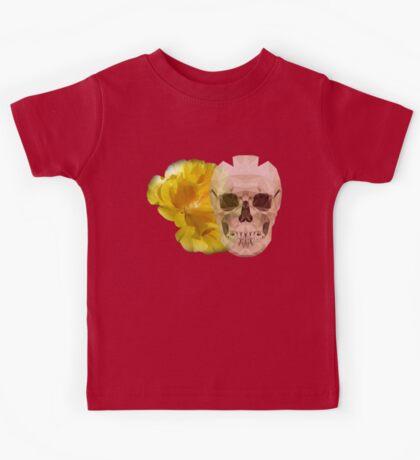 Yellow hibiscus and skull, nice couple Kids Tee