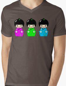 Cute Kokeshi dolls on green Mens V-Neck T-Shirt