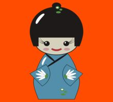 Japanese Kokeshi doll Kids Tee