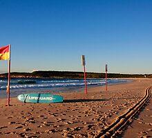 Maroubra beach by Jennifer  Jamie