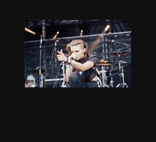 Lynn Gunn Singing crouch Unisex T-Shirt