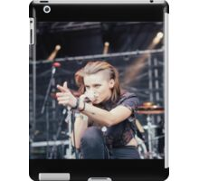 Lynn Gunn Singing crouch iPad Case/Skin