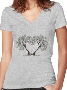 love trees Women's Fitted V-Neck T-Shirt