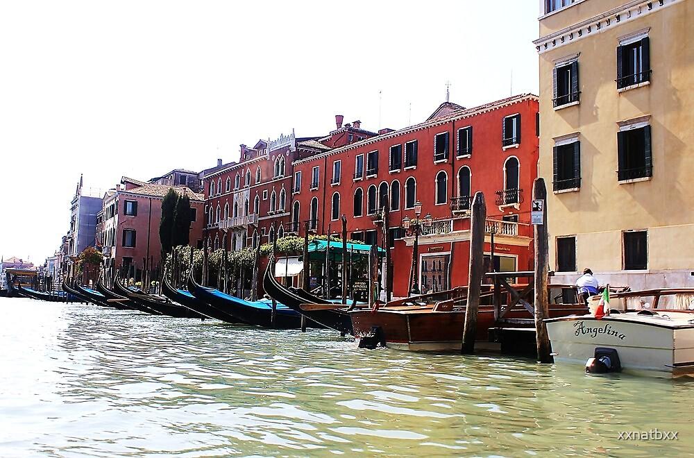 row of gondolas by xxnatbxx