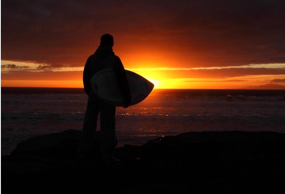 Sunset Surf by runnerpaul