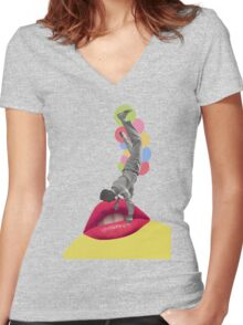 I Wanna Kiss You Women's Fitted V-Neck T-Shirt