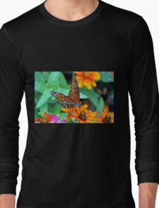 Monarch Butterfly Resting Long Sleeve T-Shirt
