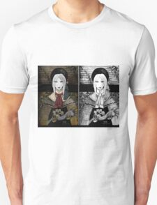 Dolly doll doll T-Shirt