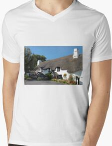 The Cott Inn. Mens V-Neck T-Shirt