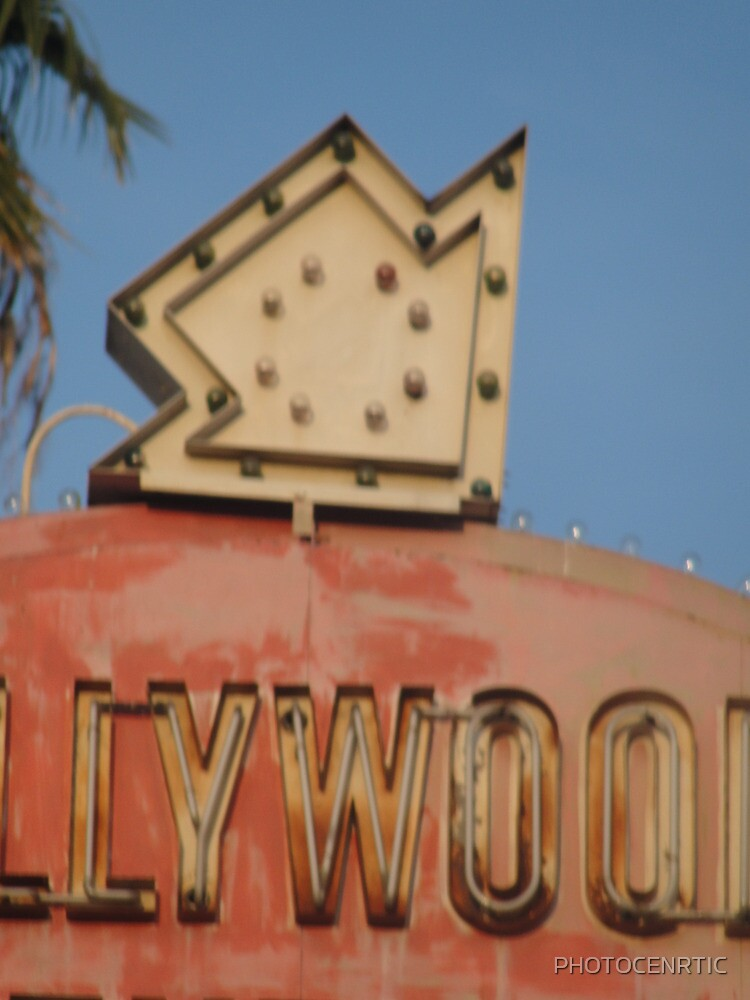 """""""Hollywood, This way!"""" by PHOTOCENRTIC"""