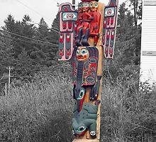 b/w&color Totem by wilbur