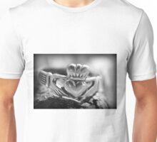 Claddagh Unisex T-Shirt