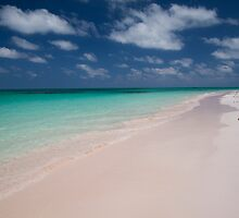 Bahamas, soft pink beach on Cat Island by Marie-Ange Ostré