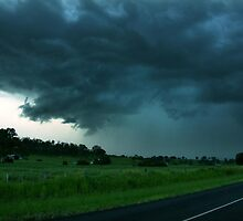 Impending Thunderstorm by SouthBrisStorms