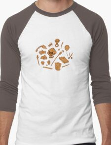 The Curse of Monkey Island Inventory (brown) Men's Baseball ¾ T-Shirt