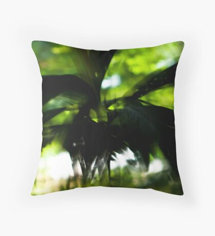Flight of the palms #01 Throw Pillow