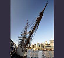 "Tall Ship ""Europa"" & Sydney Skyline, Australia 2013 T-Shirt"