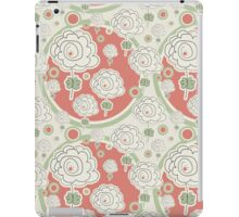 Doodle Flowers and Circles Pattern iPad Case/Skin