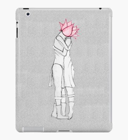 Universal Lovers iPad Case/Skin