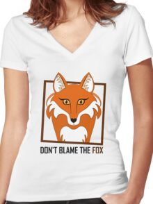 DON'T BLAME THE FOX Women's Fitted V-Neck T-Shirt