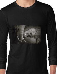 Elephant affection Long Sleeve T-Shirt
