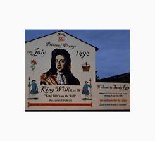 """"""" King Billy's on the Wall"""" Unisex T-Shirt"""