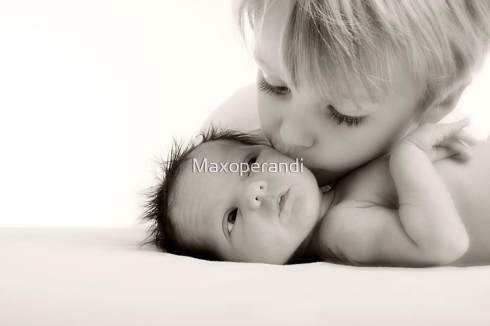 Sibling Kiss by Maxoperandi