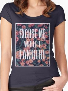 'Scuse Me While I Fangirl Women's Fitted Scoop T-Shirt