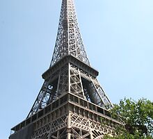 Eiffel Tower by CalicoBlack