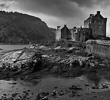 Eilean Donan castle on a brooding May day by Shaun Whiteman