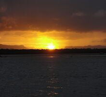 Cooktown Sunset by dancingdolphin