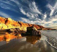Port Noarlunga South by Bill  Robinson