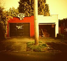 Split Personality Garage - Portland, Oregon by KeriFriedman