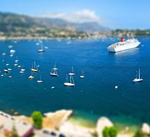 Villefranche sur Mer by ludovic rhodes