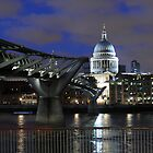 St Paul's  by watsonlj