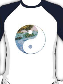 yin underwater T-Shirt