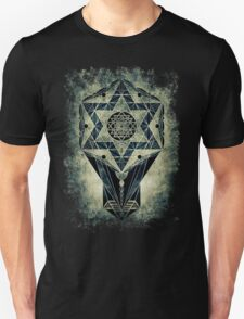 Sacred Geometry for your daily life- SRI YANTRA Unisex T-Shirt