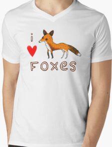 Fox Love Mens V-Neck T-Shirt